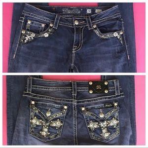 🍀SALE🍀Miss Me Skinny Jeans Size 28